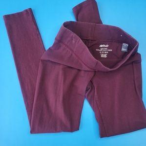 Burgundy leggings